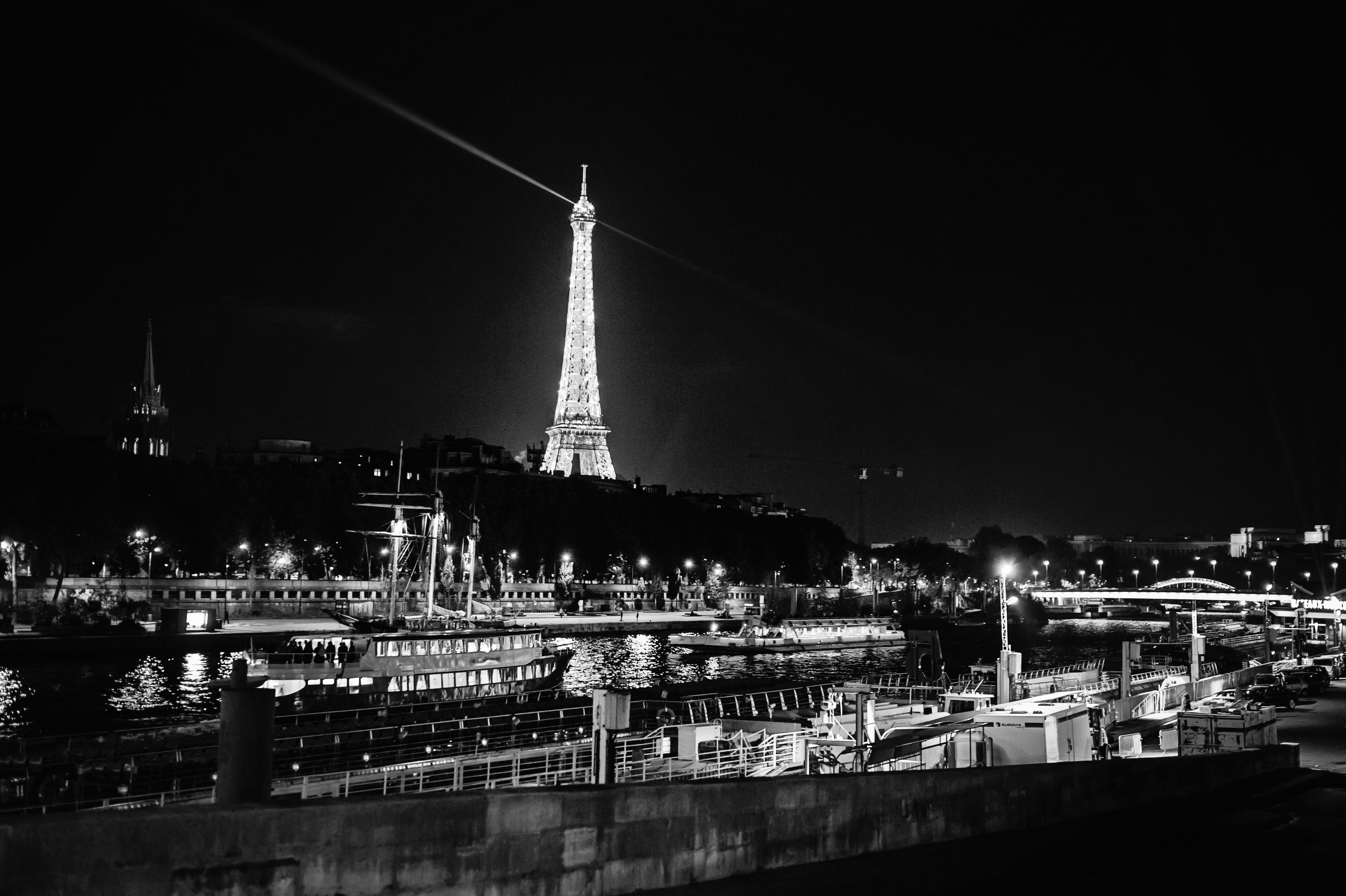 Paris France Destination Wedding Photographer_0596